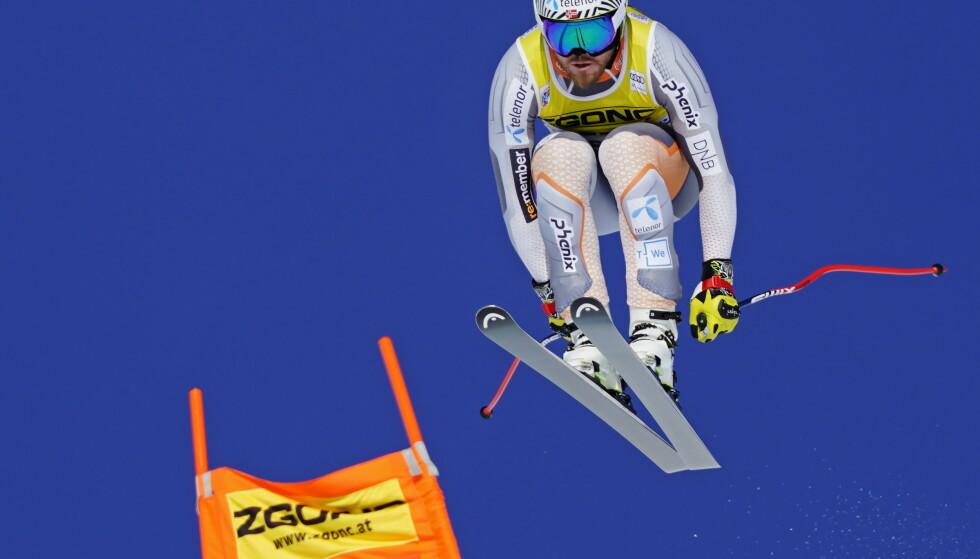 SKUFFET: Kjetil Jansrud fikk det ikke til å sitte i årets første super-G-renn. Foto: THE CANADIAN PRESS/Frank Gunn