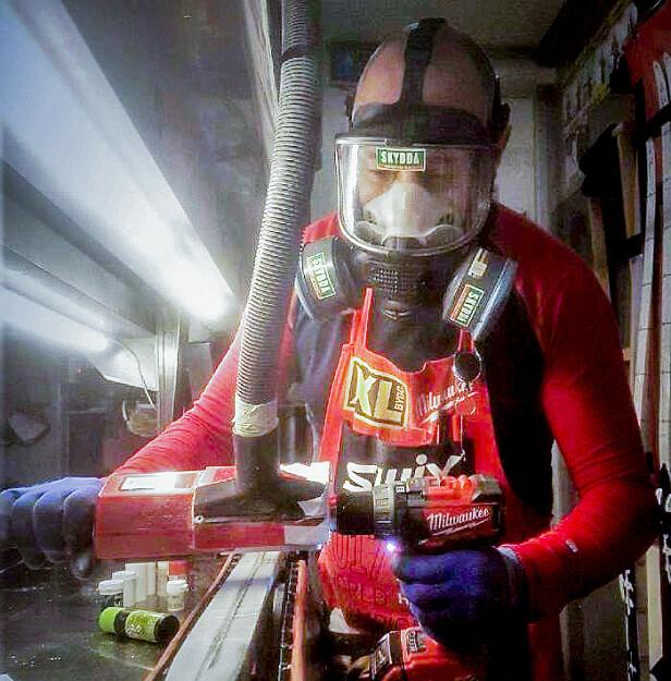 Smører for gull: Skismøring med fluor har sørget for gull og glitter for utøvere. For smøreres helse har det for noen vært verre. Foto: Tobias Dahl Fenre, Norges Skiskytterforbund