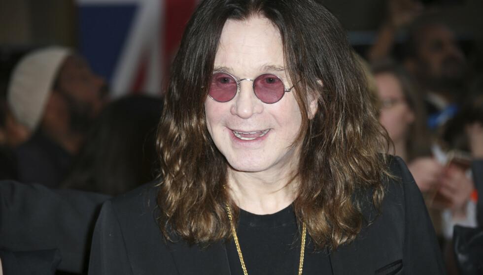 HOLDER KOKEN: Til tross for dårlig helse, er Ozzy Osbourne fortsatt aktiv. Foto: NTB Scanpix