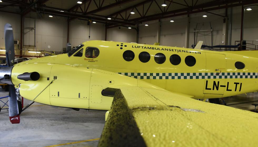 KLAR TIL BRUK: Lufttransport har fremdeles flere av de gamle ambulanseflyene på lager, i påvente av salg. Foto: Rune Stoltz Bertinussen / NTB scanpix