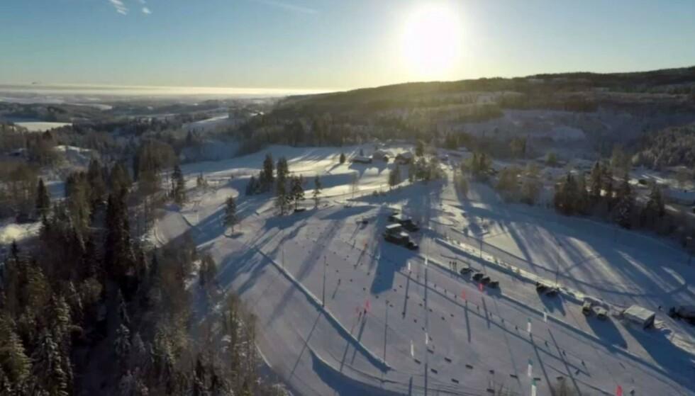 Fluorisert: De største mengdene av fluorstoffer i den omfattende undersøkelsen er funnet i snø, i forbindelse med et Norgescuprenn i langrenn i Nannestad i 2018. Foto: Åsen IL