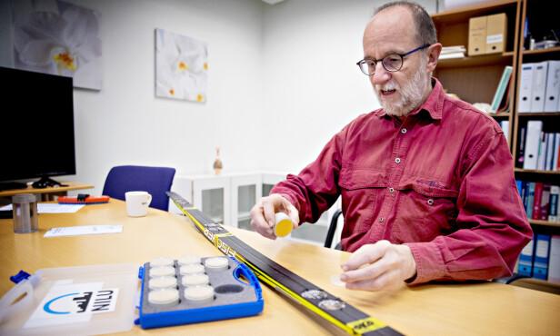 Bekymret: Seniorforsker Martin Schlabach ved NILU mener drikkevanskilder som ligger ved skianlegg nå bør undersøkes. Foto: Bjørn Langsem