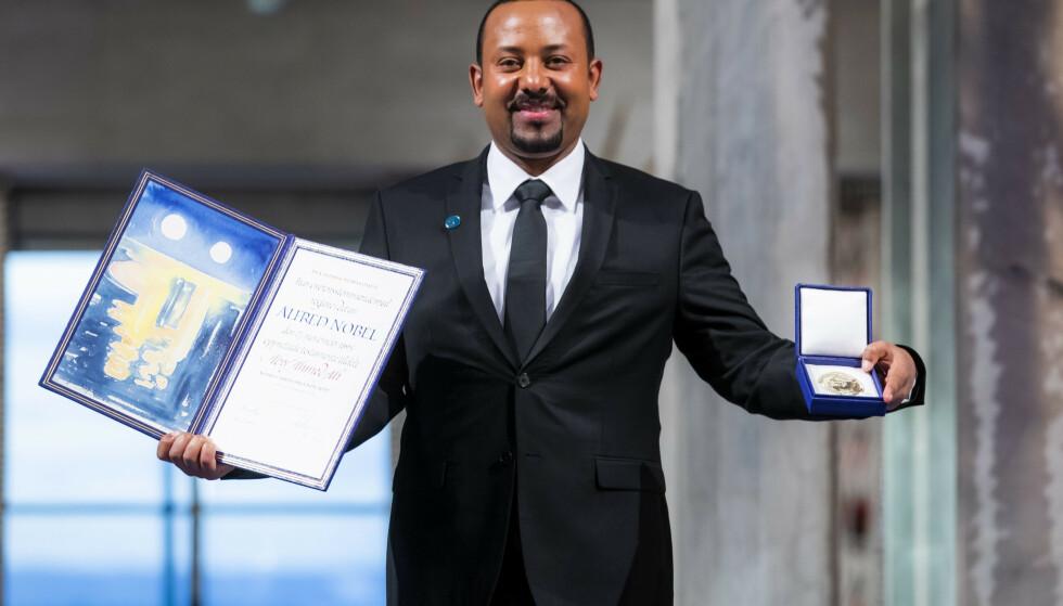 STOLT: Etiopias statsminister Abiy Ahmad mottok tirsdag Nobels fredspris i Oslo rådhus. Foto: Håkon Mosvold Larsen / NTB scanpix