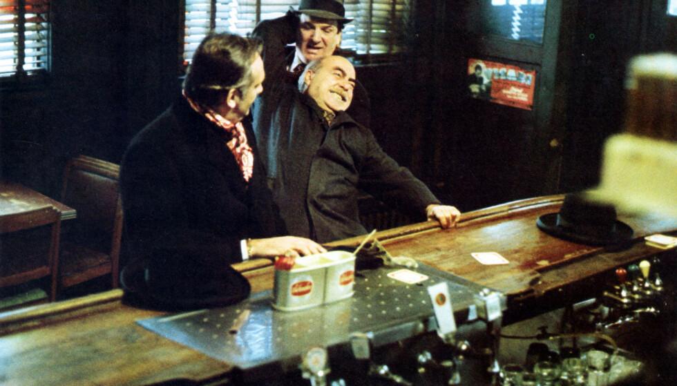 «MICHAEL CORLEONE SAYS HELLO»: Danny Aiello (bak) var blant annet kjent som en av Michael Corleones soldater i «Gudfaren».