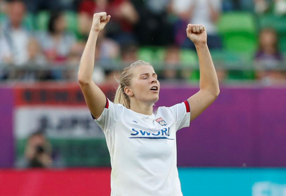 SEIER: Ada Hegerberg scoret ikke lørdag, men hjalp Lyon til en ny seier i årets siste seriekamp. Foto: BREUTERS/Bernadett Szabo