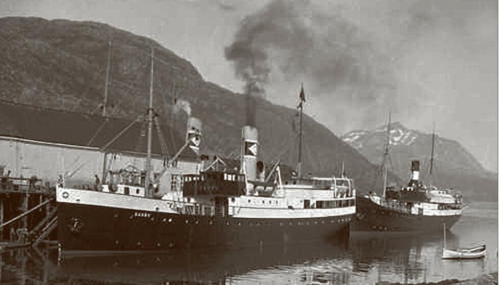 """FULL AV FOLK: """"Barøy"""" var full av reisende og gods, da den ble senket. Foto: Fra boka med tillatelse"""