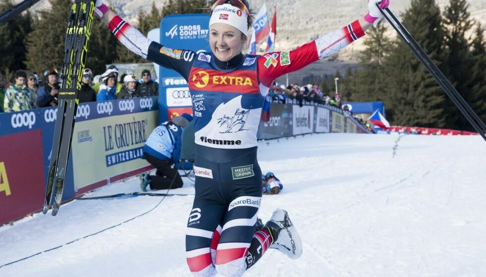 6. JANUAR 2019: Ingvild Flugstad Østberg er først opp monsterbakken i Val di Fiemme og jubler for seieren i siste Tour de Ski. Foto: Terje Pedersen, NTB Scanpix.