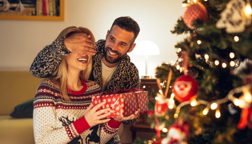 MULIGHETER: Julestri til tross - det er mulig å øke sjansen for sex i jula, hvis du følger sexspaltist Træens råd. Foto: bbernard / Shutterstock / NTB Scanpix