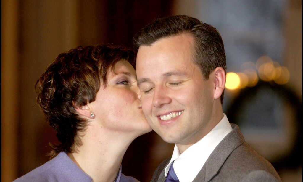 FORLOVET: Märtha Louise og Ari Behn da de offentliggjorde forlovelsen. Foto: Aleksander Nordahl /Dagbladet