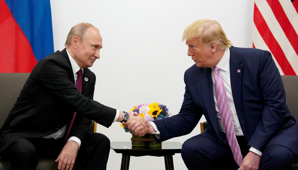 TAKKET: Vladimir Putin takket Donald Trump for å oppgi etterretningsopplysninger. Foto: NTB Scanpix