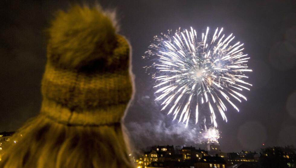 RAKETTER: Øyelege vil ha forbud mot privat oppskyting av raketter. Foto: Gorm Kallestad / NTB Scanpix