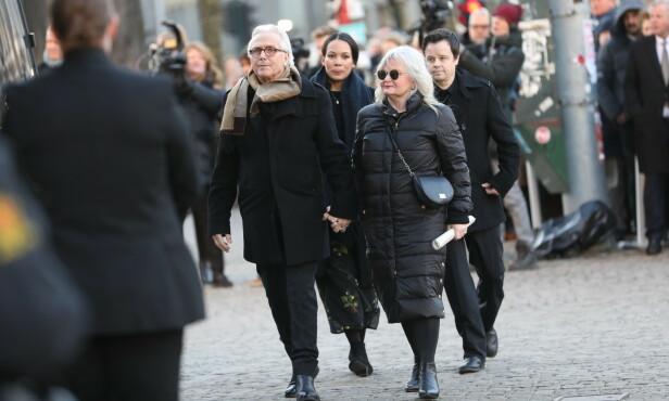 FAMILIEN: Marianna Behn kom sammen med ektemannen Olav Bjørshol og sønnen Espen Bjørshol. Foto: Christian Roth Christensen/ Dagbladet