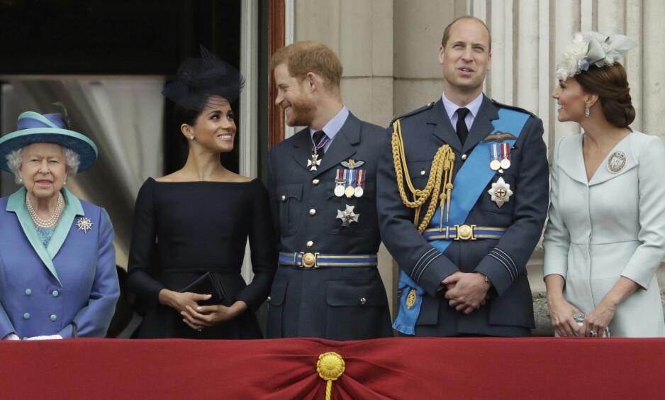 TREKKER SEG TILBAKE: Onsdag kunngjorde hertugparet av Sussex at de i tida framover vil trekke seg tilbake fra sine kongelige plikter. Foto: NTB Scanpix