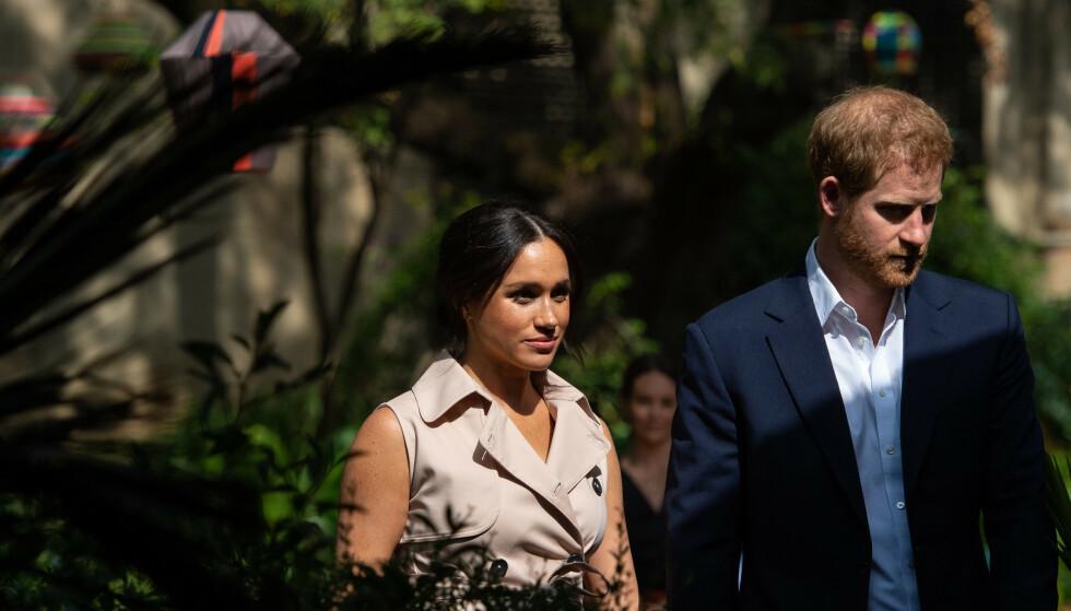 TREKKER SEG: Onsdag kunngjorde Harry og Meghan at de trekker seg tilbake fra sine roller som seniormedlemmer av kongefamilien. Foto: NTB Scanpix