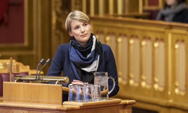 ANSVARLIG: Kari Elisabeth Kaski, SVs finanspolitiske talsperson mener at partiet hennes står for en mer ansvarlig pengebruk enn Høyre. Foto: Ole Berg-Rusten / NTB Scanpix