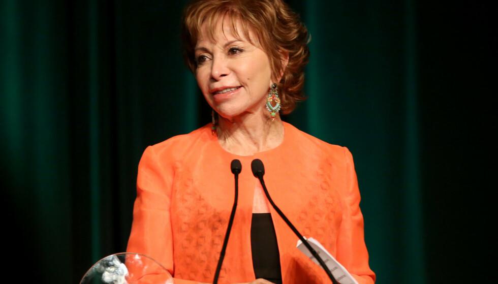 I FULL VIGØR: Isabel Allende (77) imponerer anmelderen med sin nyeste bok. Foto: Brian To/Variety/REX / NTB scanpix