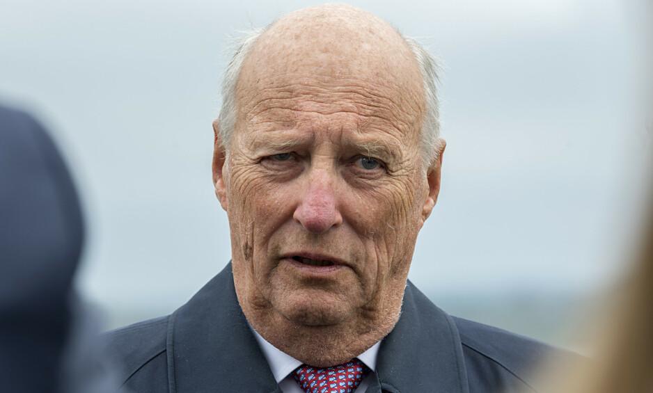 PÅ RIKSHOSPITALET: Kong Harald har vært innlagt på sykehuset siden onsdag, som følge av svimmelhet. Foto: NTB Scanpix