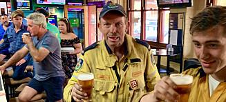 På bar med en brannmann – og politisk brannstifter
