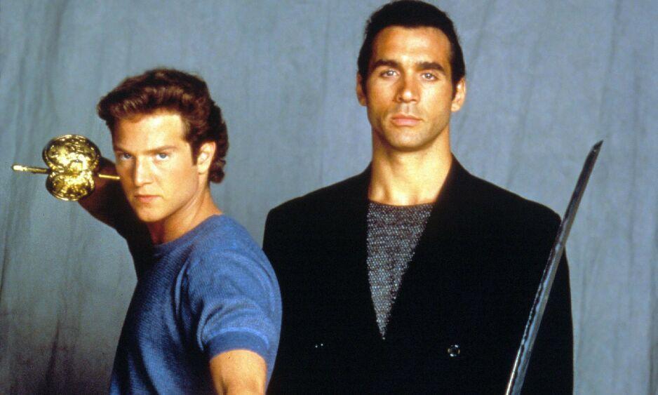 DØD: Stan Kirsch (t.v) har gått bort. Her sammen med skuespillerkollega Adrian Paul i 1992. Foto: NTB Scanpix