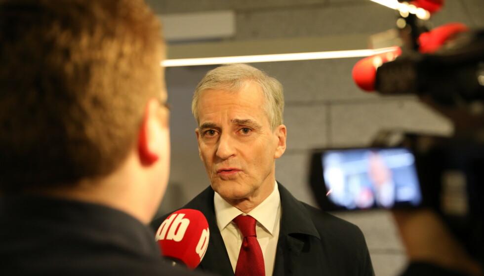 REAGERER: Ap-leder Jonas Gahr Støre etter Debatten mandag kveld. Foto: Christian Roth Christensen / Dagbladet