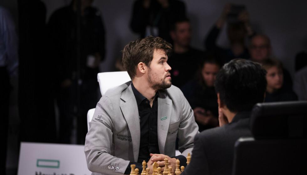 VANT: Magnus Carlsen tok en ny seier i Wijk aan Zee-turneringen onsdag, hans tredje på rad etter sju remis innledningsvis. Foto: Berit Roald / NTB scanpix