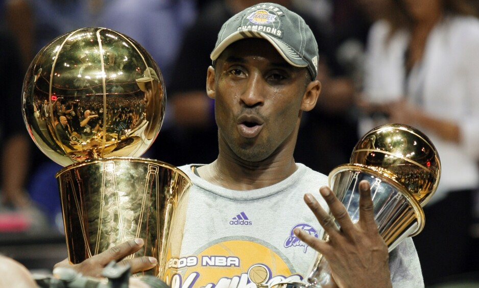 MISTET LIVET: Kobe Bryant døde søndag kveld. Foto: AP Photo / David J. Phillip / NTB Scanpix