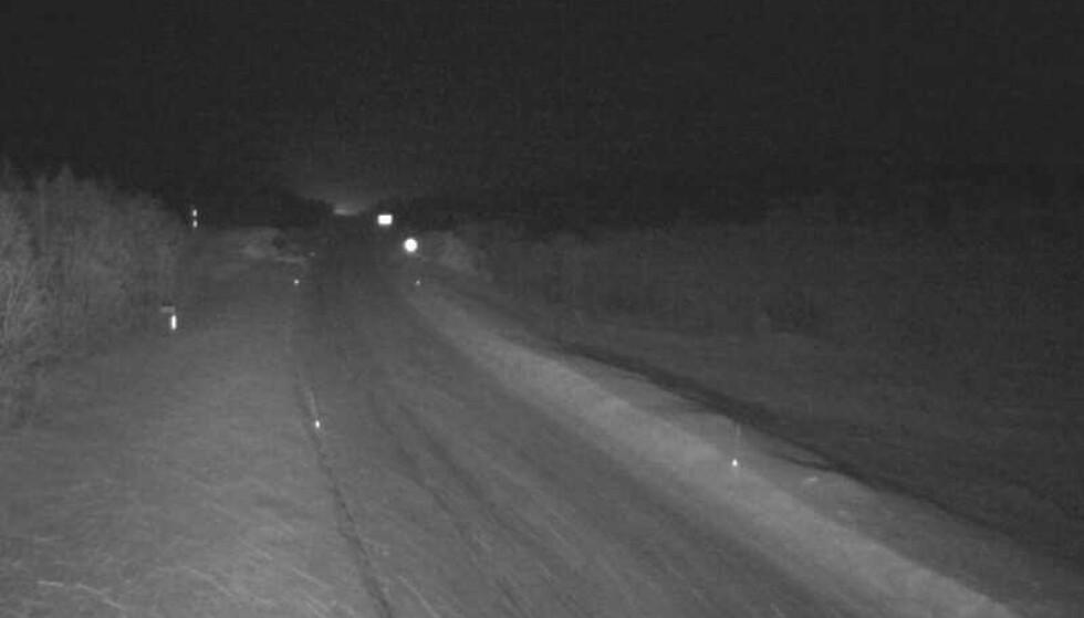 RUSKEVÆR: Slik er værforholdene på E6 ved Heia i Balsfjord kommune tirsdag kveld. Foto: Statens vegvesen