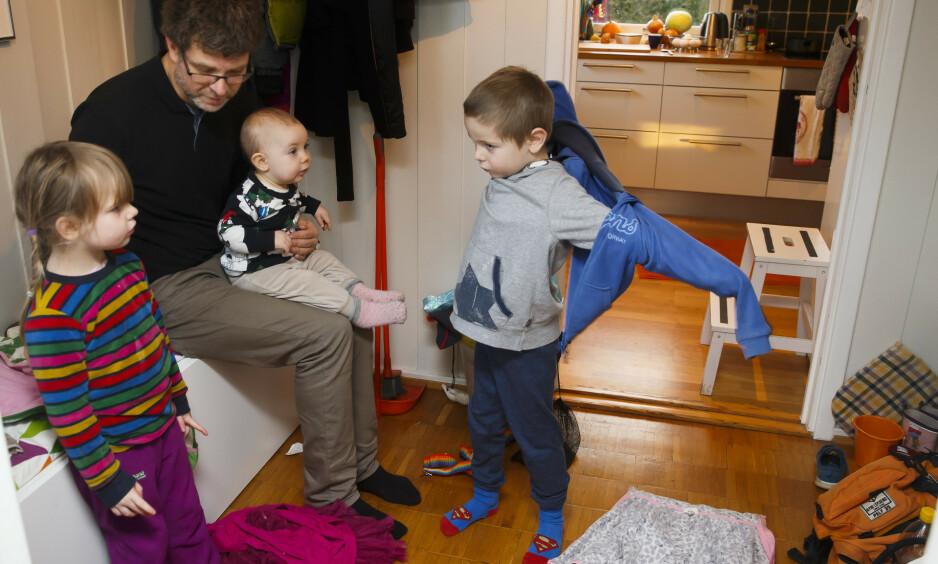 ARBEIDSMAUR: Ja, til frynsegoder for bortskjemte småbarnsforeldre. Foreldre er ikke unnasluntrere, vi er arbeidsmaur som alltid er på vakt, skriver innsenderen. Foto: Heiko Junge / NTB Scanpix