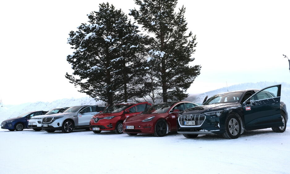 MANGE NYE: I år dukker det opp en rekke nye elektriske biler på norske veier. Aktører i bransjen tror at så mange som 90.000 nye elbiler vil bli solgt. Foto: Rune Korsvoll