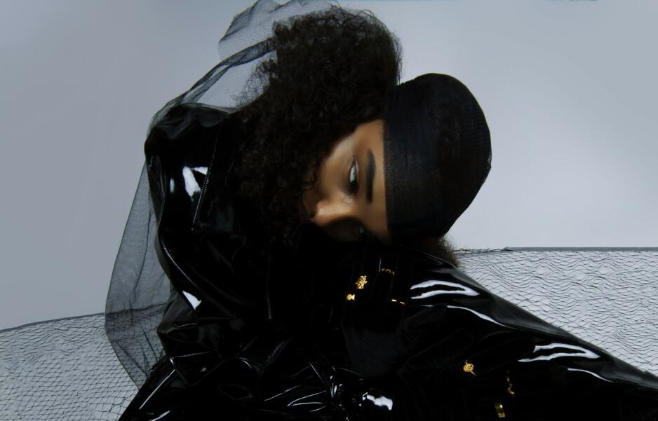DEBUTANT: Rapperen Musti er fortsatt relativt ukjent. Det kan debutalbumet hennes endre på, mener vår anmelder. Foto: Kristine Wathne