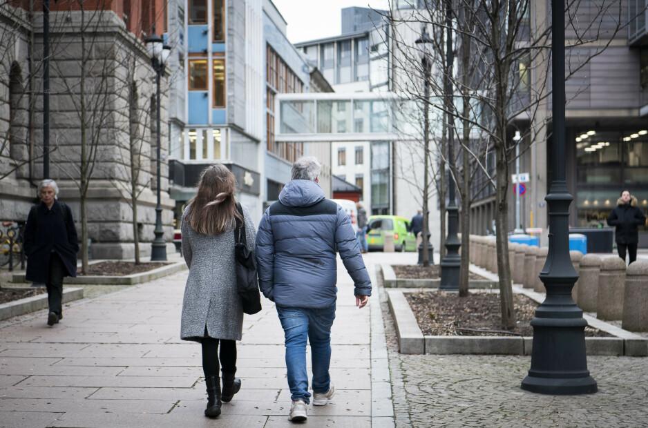 SISTE SJANSE: Høyesteretts behandling av barnevernssaker er siste sjanse for å unngå at datteren blir tvangsadoptert for denne mora og faren. Foto: Lars Eivind Bones