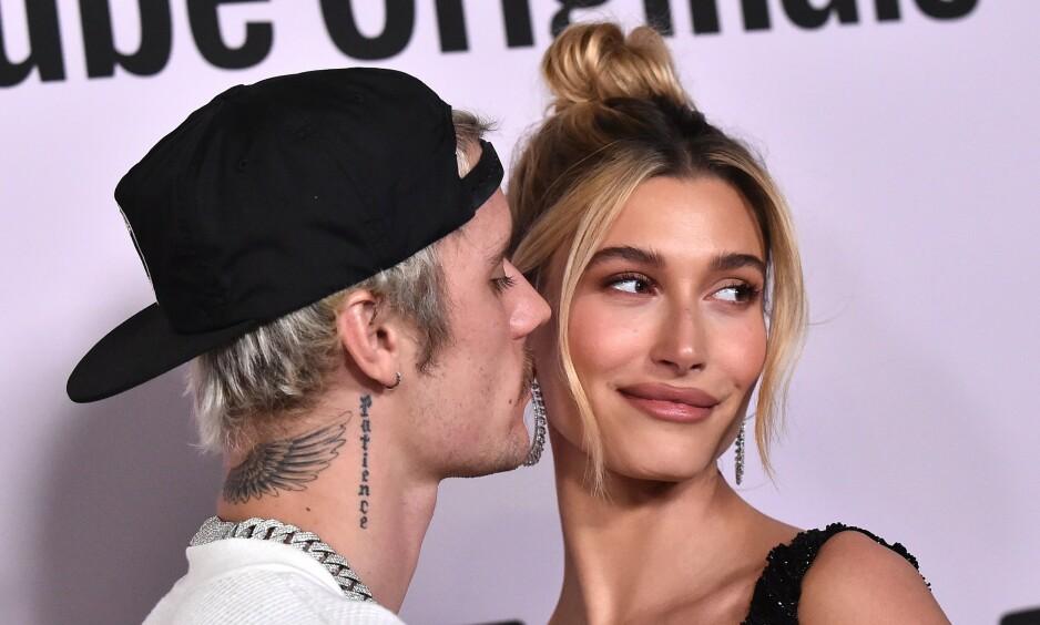 PARTYTRIKS: Hailey Bieber takker Jimmy Fallon og partytrikset sitt for at hun fant tilbake til Justin Bieber i 2018. Foto: Skjermdump / NTB Scanpix