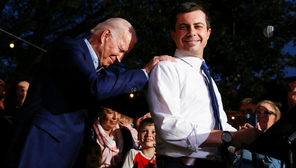 STØTTE: Pete Buttigieg annonsert mandag kveld at han støtter Joe Biden. Biden fulgte opp med å sammenlikne Buttigieg med hans avdøde sønn. Foto:  REUTERS / Elizabeth Frantz / NTB scanpix