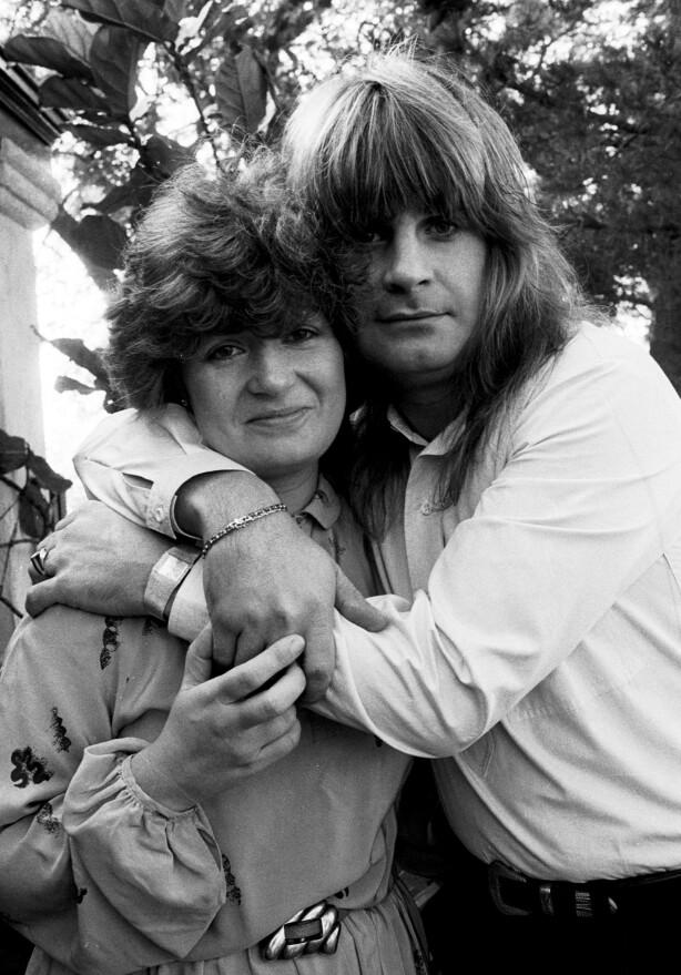 DEN GANG DA: I 1982 giftet ekteparet Osbourne seg. Siden den gang har skandalene kommet som perler på ei snor. Her er de fotografert i 1981, den gang Sharon hadde etternavnet Arden. Foto: NTB scanpix