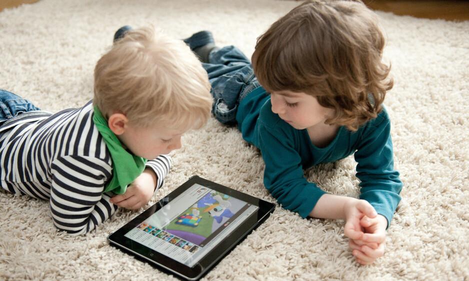 VI KAN GJØRE NOE: Jeg er overbevist om at vi som samfunn, faktisk kan gjøre noe for å bidra til mindre press og stress og en tryggere digital hverdag for barn og unge, skriver innsenderen. Foto: Jan Haas / NTB Scanpix