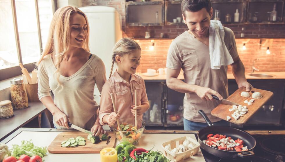 ERSTATTET SMØR: Å spise mer enn en halv spiseskje olivenolje hver dag reduserer risikoen for hjerte- og karsykdommer, viser ny amerikansk studie. Foto: NTB Scanpix