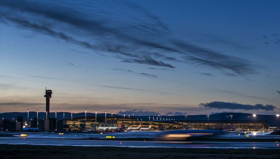 STRAMMER INN: Regjeringen strammer nå inn på innreisereglene til Norge. Foto: Håkon Mosvold Larsen / NTB