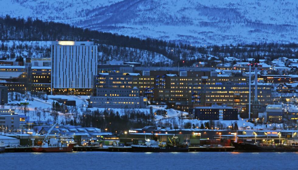 STOR MANGEL: Universitetssykehuset i Nord-Norge er et av sykehusene i Norge der det er stor mangel på intensivpersonell, forteller tillitsvalgt. Foto: Rune Stoltz Bertinussen / NTB