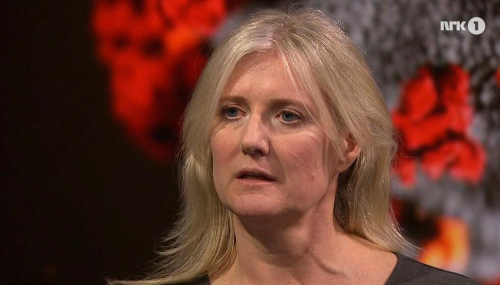 TAR SELVKRITIKK: Tallene ble framstilt feil. Alle de som blir så syke at de dør, vil jo til slutt ende opp som registrert smittede. Det er svært uheldig at dette ikke ble oppklart under sending. Det tar jeg ansvar for, skriver Gunhild Nyborg. Skjermdropp NRK Debatten.