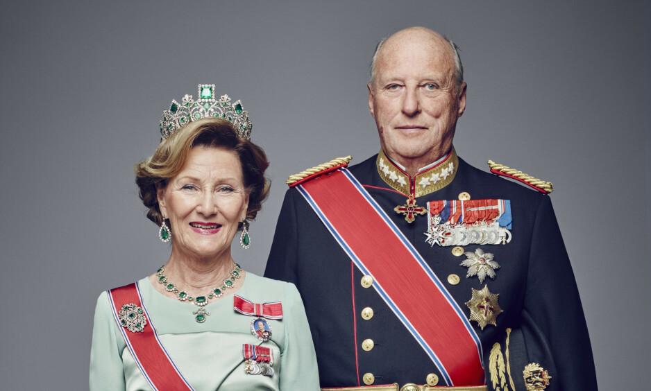 TAKKER: Kongeparet har delt en hilsen til det norske folk på Instagram. Foto: Jørgen Gomnæs / Det kongelige hoff