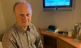 PÅ SKIPET: Ole Jon Ertresvåg får ingen informasjon om når han skal få forlate skipet. Foto: Privat