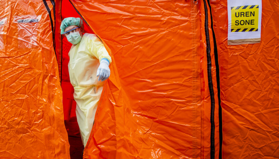 FORVIRRING: Den britiske epidemiolog Neil Ferguson oppklarer forvirring om rapporten som har hatt stor betydning for Vestens håndtering av pandemien. Her fra Oslo legevakt. Illustrasjonsfoto: Stian Lysberg Solum / NTB scanpix