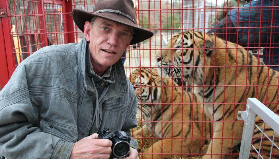 BODDE I PARKEN: - Når du bor med tigre, løver og andre eksotiske dyr, og den villeste i dyrehagen er personen som driver den, er noe feil, mener Rick Kirkham. Foto: Privat
