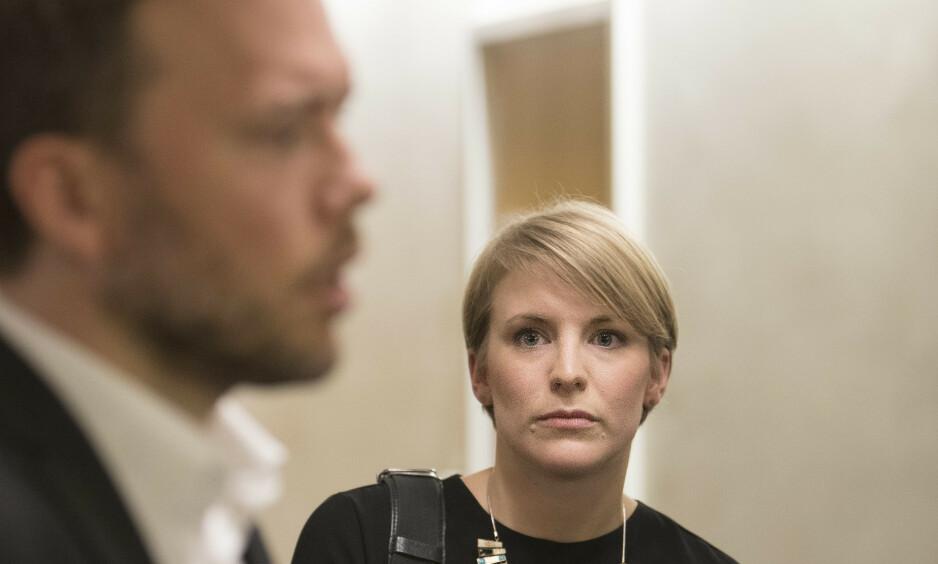 SLO NEVEN I BORDET: Kari Elisabeth Kaski og Audun Lysbakken i SV ville heller forlate forhandlingene enn å gå med på regjeringens kriselån til studentene. Foto: Ole Berg-Rusten / NTB Scanpix