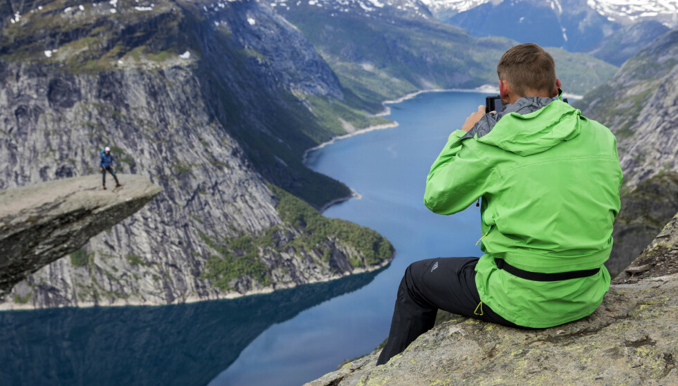 POPULÆRT: Nestlederen i Røde Kors hjelpekorps, Kenneth Gulbrandsøy sier at det har strømmet flere folk til fjellet de siste åra. Det fører til at Røde Kors får flere oppdrag. Foto: Tore Meek / NTB