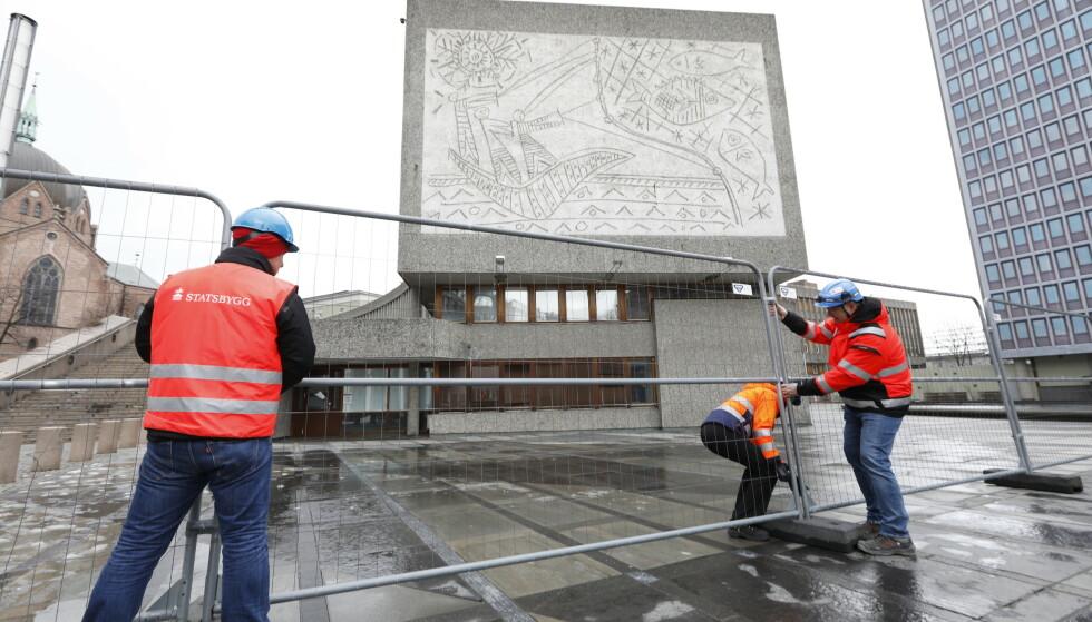 Oslo snur – vil ikke rive Y-blokka