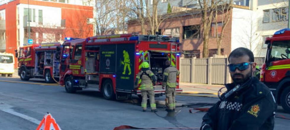 Brannvesenet refser filming av dødsbrann