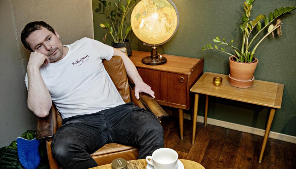 I KRISE: Leser man de humoristiske innleggene på kokkejævel.no, er det lette å glemme at Asbjørn Sandøy er en mann som er midt i sitt livs verste krise. Foto: Nina Hansen