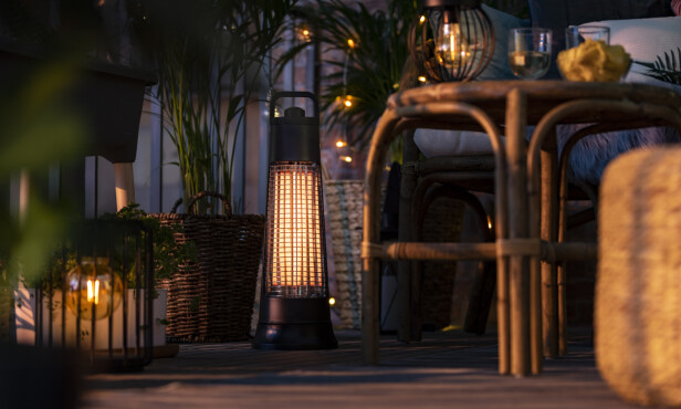 GODSTEMNING: Et lys i natten - eller en hel kjede som har ladet seg opp i løpet av dagen!