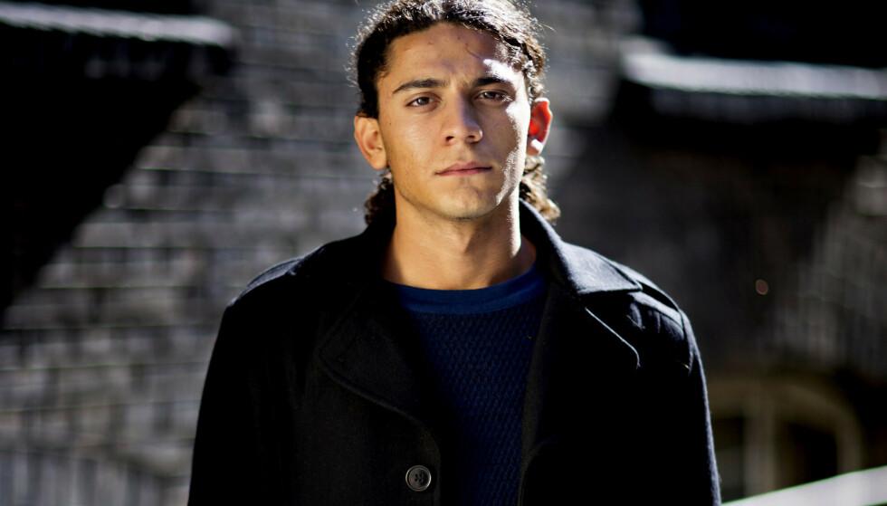 DØD: Yahya Hassan ble verdenskjent for sin kritiske poesi. Onsdag ble han funnet død i sin egen leilighet i Aarhus. Foto: NTB scanpix